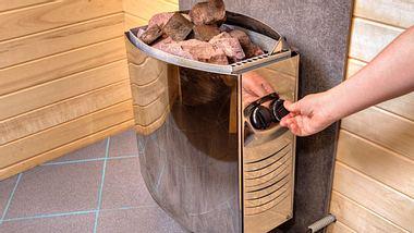 Saunaofen - Sauna - Finnische Sauna - Foto: iStock/Grigorev_Vladimir