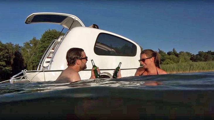 Camping-Trailer Sealander ist gleichzeitig eine schwimmende Yacht