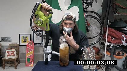 L.A. Beast trinkt Sixpack Bier in unter 40 Sekunden