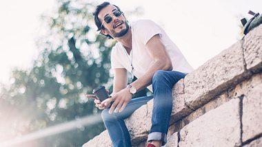 Mann in Skinny Jeans - Foto: iStock / South_agency