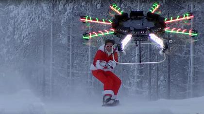 Abfahrt! Snowboarder ballert Piste mit DIY-Drone runter