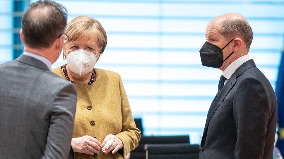 Heiko Maas, Angela Merkel, Olaf Scholz - Foto: Getty Images
