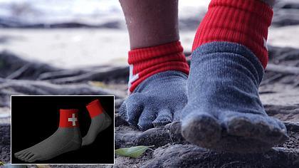 Wer braucht Schuhe? Diese Socken sind 15 Mal stärker als Stahl
