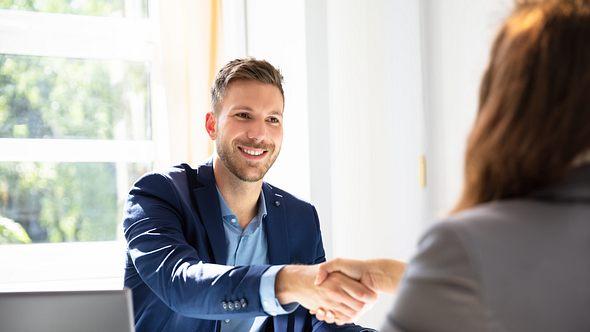Experte verrät: 5 Tipps, wie du im Vorstellungsgespräch beeindruckst