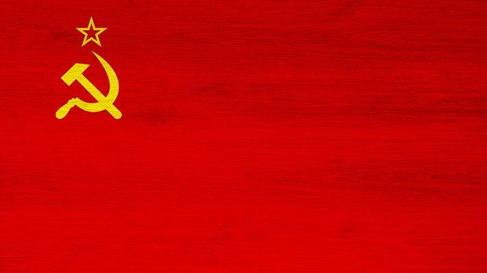 Flagge der Sowjetunion - Foto: iStock / Viktorcvetkovic