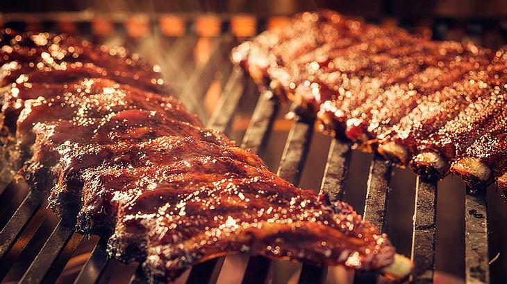 Spareribs Grillen Gasgrill Alufolie : Spareribs grillen: so gelingen perfekte rippchen vom grill