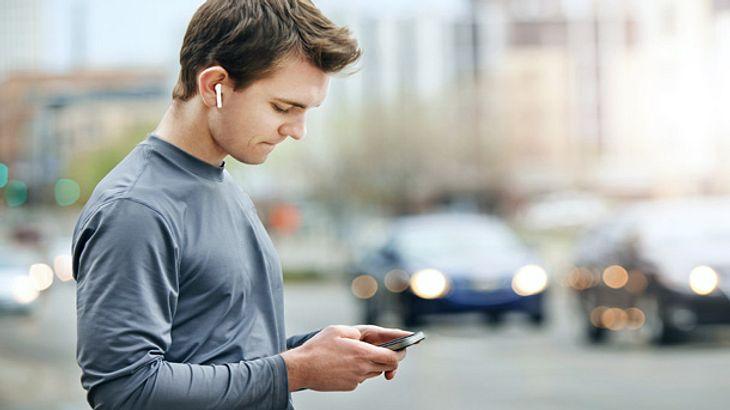 Praktische Sport-Kopfhörer mit Bluetooth-Funktion