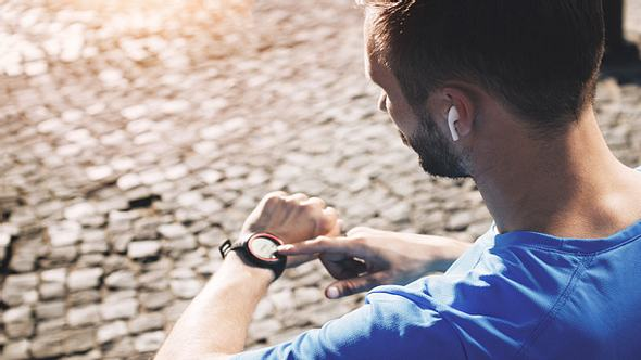 Sport-Kopfhörer fürs Training - Foto: iStock