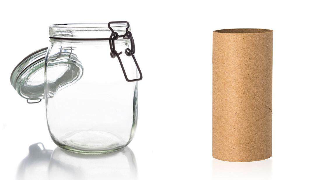 Stell' eine Klopapierrolle in ein Einmachglas