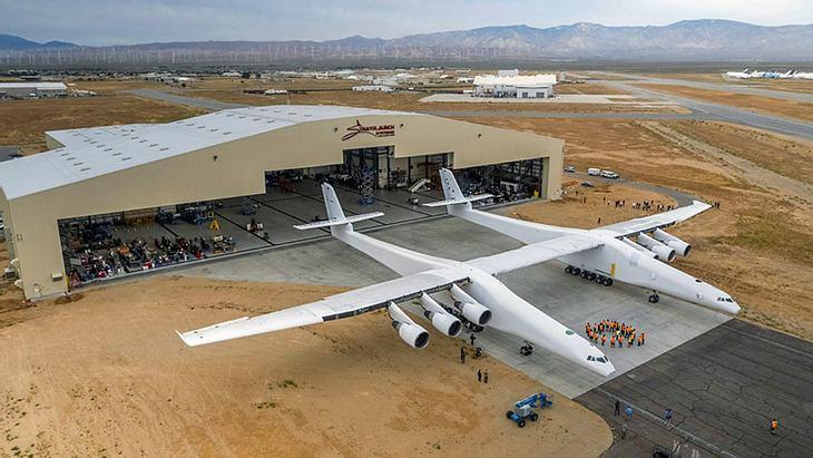 Stratolaunch: Das größte Flugzeug der Welt