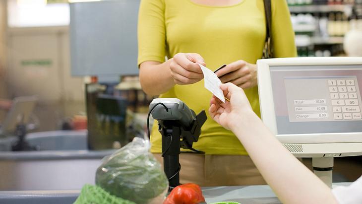 Ab 2018: Arbeitslosengeld von der Supermarktkasse