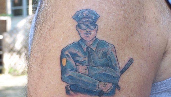 Rheinland-Pfalz verbietet Tattoos an Polizisten