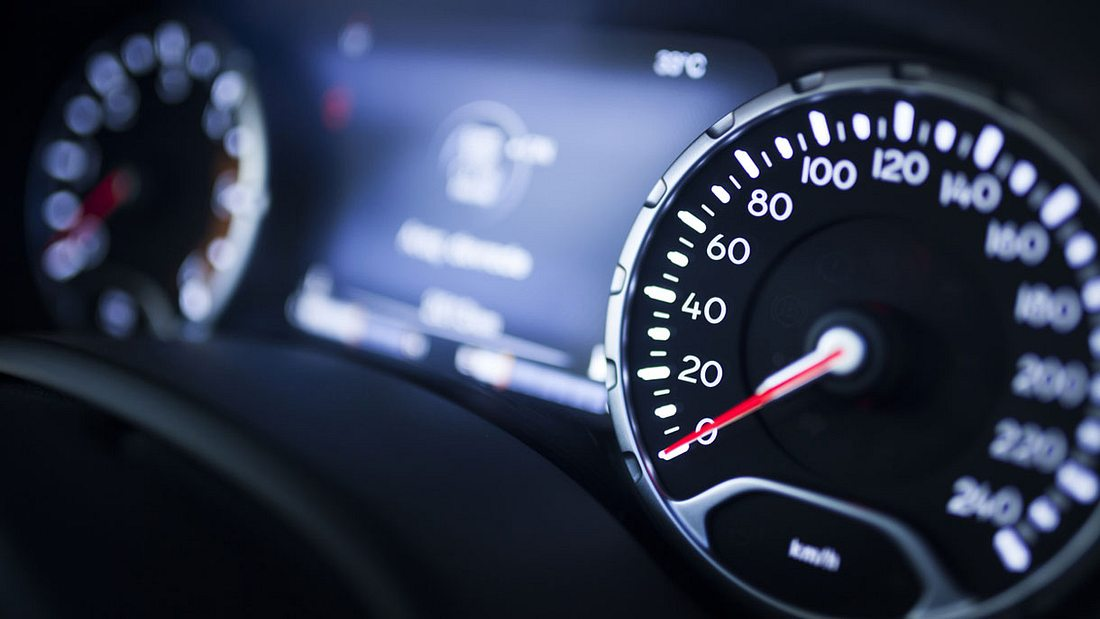Bald ein Tempolimit von 80 km/h auf Landstraßen?