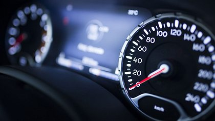 Verkehrssicherheitsrat fordert: Maximal 80 km/h auf Landstraßen