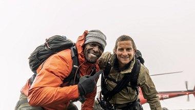 Bear Grylls und Terry Crews in Bear Grylls: Stars am Limit - Foto: National Geographic