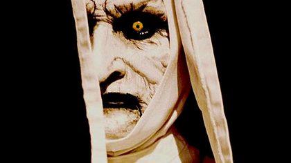 The Nun - Taissa Farmiga spielt junge Nonne im Conjuring-Spin-off - Foto: Warner Bros.
