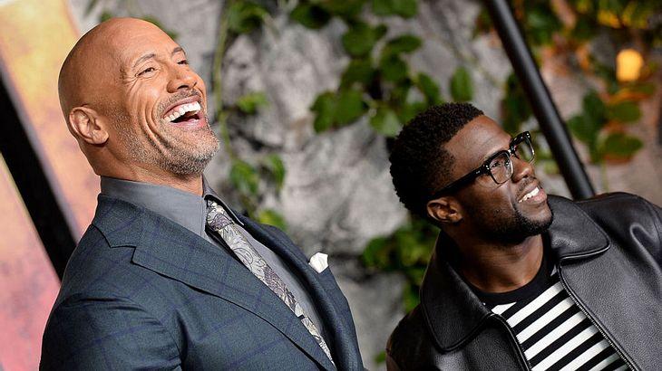 """Dwayne Johnson und Kevin Hart bei der Premiere von """"Jumanji"""""""