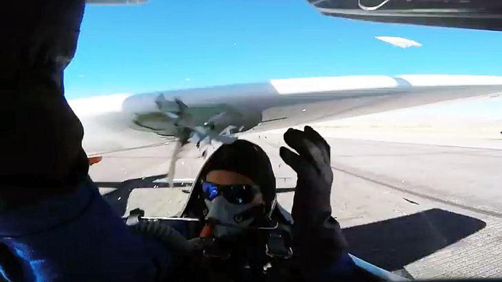 Sportflieger Thom Richard wäre fast von einem Flugzeug geköpft worden
