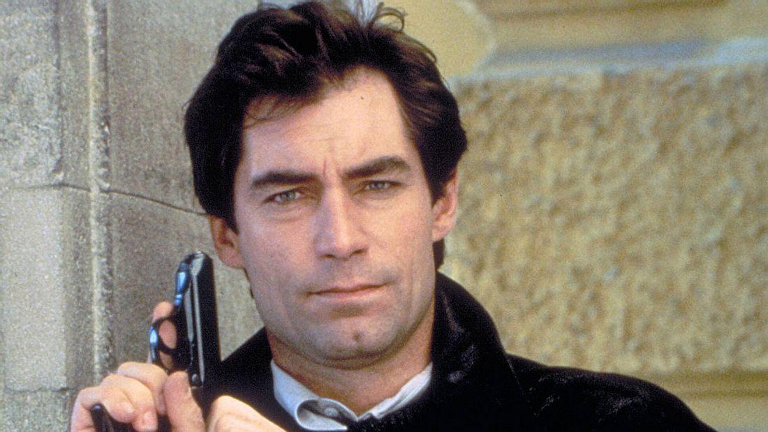 Timothy Dalton (1987)