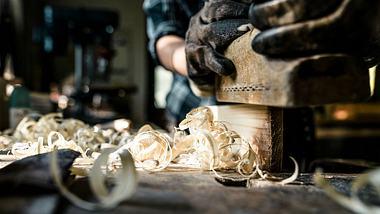 Tischler-Gehalt: Was verdient ein Tischler? - Foto: iStock / lovro77