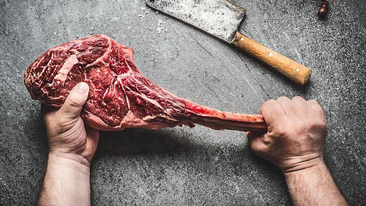 Tomahawk Steak: Fleisch in seinen ursprünglichen Form