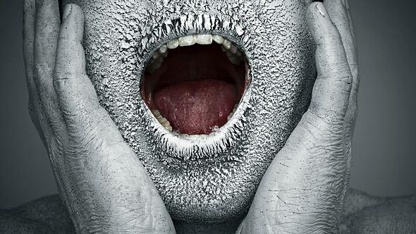 Trockener Mund: Diese Hausmittel verschaffen Abhilfe - Foto: iStock / gawrav