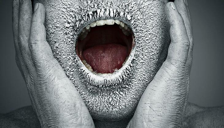 Trockener Mund: Diese Hausmittel verschaffen Abhilfe