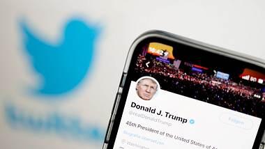 Donald Trumps Twitter-Account - Foto: imago images / Political-Moments