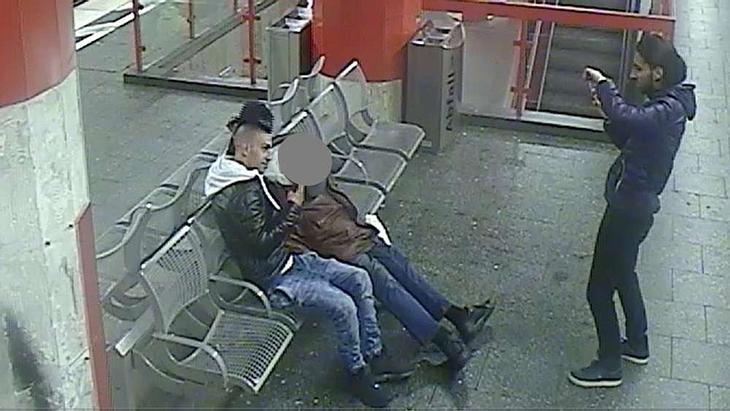 Grausam: Diese zwei Männer wollten Obdachlosen anzünden