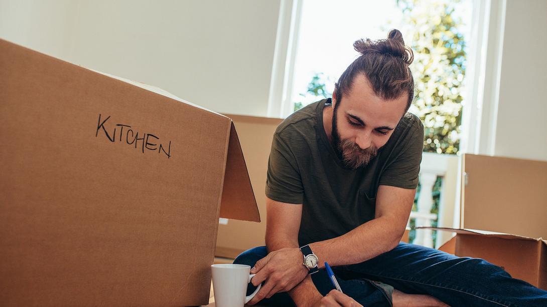 Umzug Checkliste - Foto: iStock / jacoblund