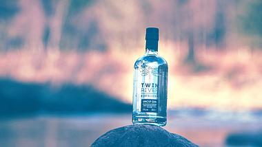 Uncut: Das ist der stärkste Gin der Welt - Foto: Facebook / Twin River Distillery
