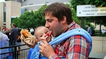 10 Bilder von Vätern, die episch versagen