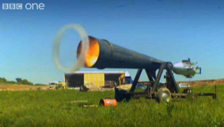 Männlich: Die Rauchring-Kanone entfesselt ungeahnte Kräfte