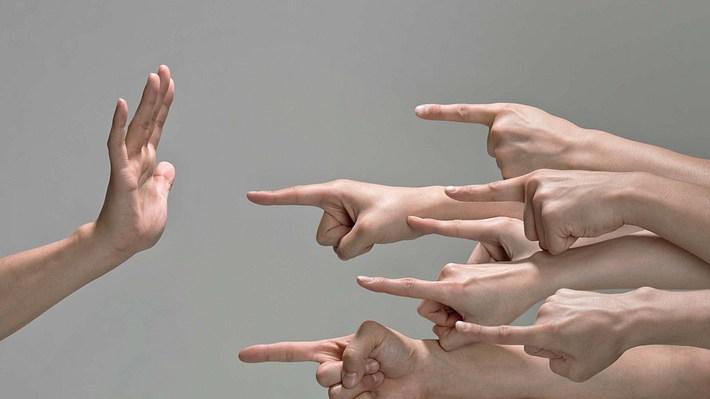 Vorurteile: Kaum jemand kann sich dagegen wehren - Foto: iStock / kokouu