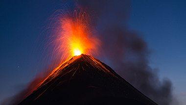 Deutschland droht ein Vulkanausbruch (Symbolfoto). - Foto: iStock/shayes17
