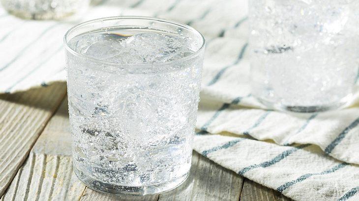 Experten warnen vor Wasser mit Kohlensäure