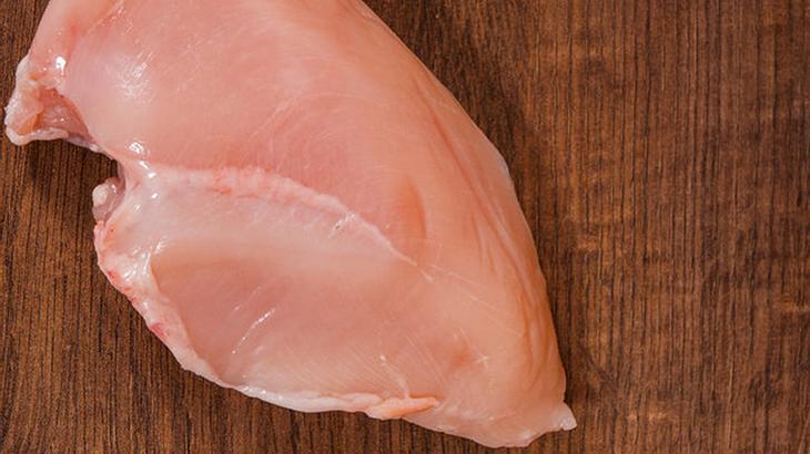 White Striping: Weiße Streifen auf Hähnchenbrust bedeuten muskuläre Dysfunktion