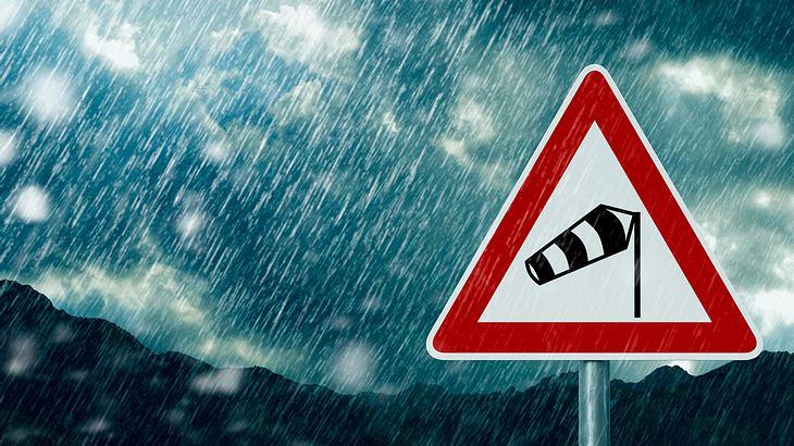 Aktuelle Wetter-Warnung: Orkan und Überflutungen drohen