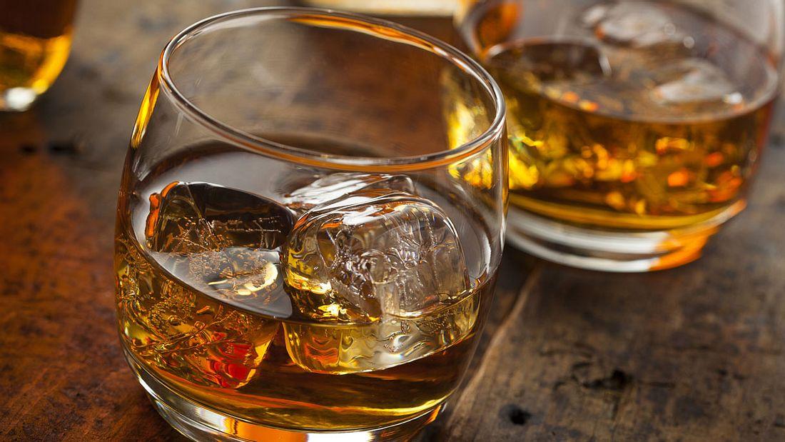 Whiskey Tumbler & Co: Das richtige Glas zum Genießen