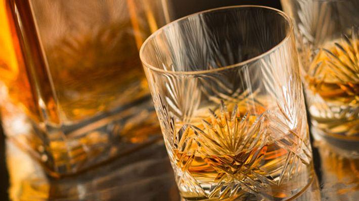Whiskygläser - Foto: iStock/coldsnowstorm