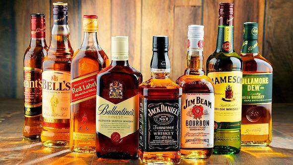 Whisky, Single Malt & Scotch: 7 hochprozentige Fakten, die Mann kennen muss
