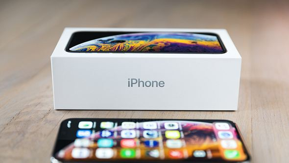 Wofür steht das kleine i in iPhone? - Foto: iStock / borchee